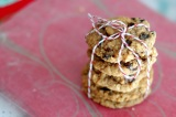 Christmas Cookies Galore: Oatmeal Raisin Cookies